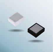1.8×1.6mmのリフレクタ付3色発光チップLED