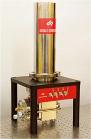 独自のナノワイヤー構造と冷却システムを採用した単一光子検出器