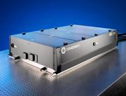 全固体ワンボックス型 フェムト秒再生増幅器の高出力モデル