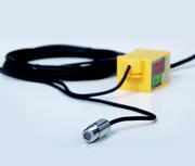 従来品の約1/25に小型化装置組込みに最適な非接触放射温度センサー