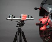 非接触により変位・ひずみ測定ができる光学計測システム