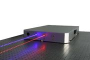 短パルスで長寿命な産業用途モードロックピコ秒レーザー