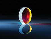高レーザー耐力を提供するレーザーライン用プレート型無偏光ビームスプリッター