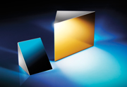 光路を90°曲げて反射する直角プリズムミラー