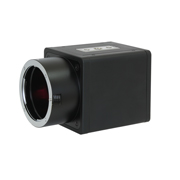 最小0.0005luxにて被写体を感知する超高感度カメラ