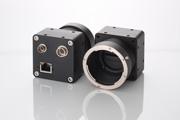 CMOSセンサー搭載,PoE対応のGigE Visionラインセンサーカメラ